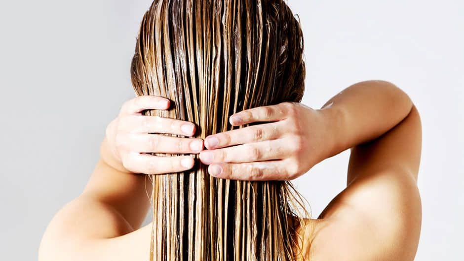 Hot and humid weather will make the sebaceous glands on the scalp more active