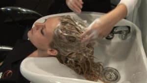 Using A Clarifying Shampoo